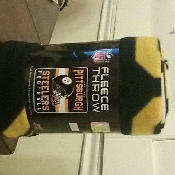 Nfl Bedding Nfl Pittsburgh Steelers Fleece Throw Poshmark